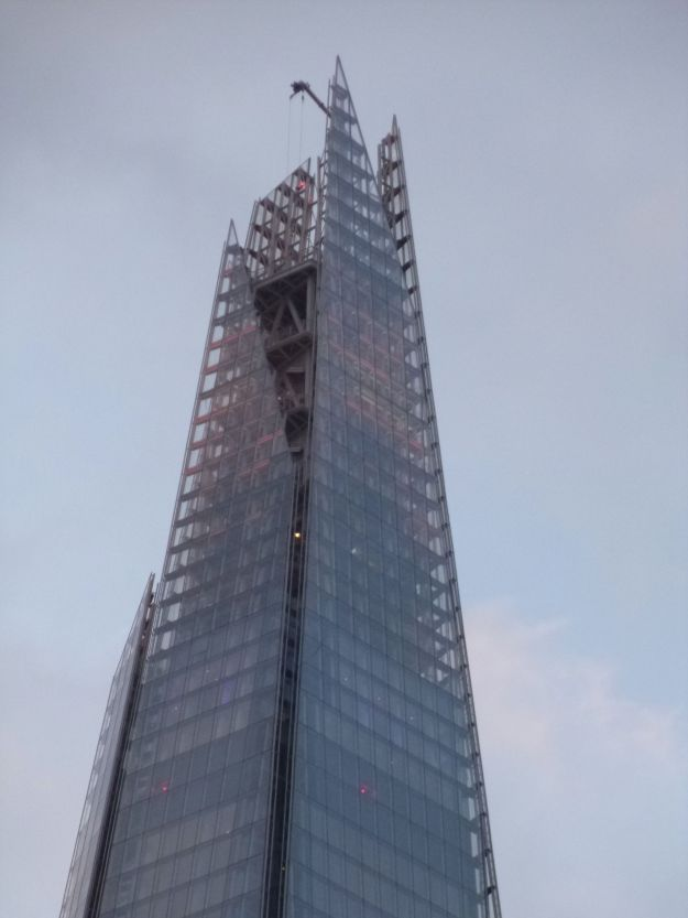The Shard: isn't it time to get rid of the crane on top, and let the light stream through?