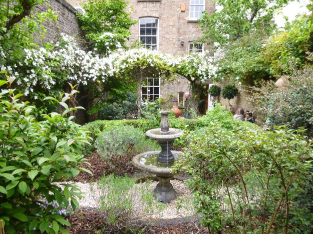 London Slant Spitalfields garden