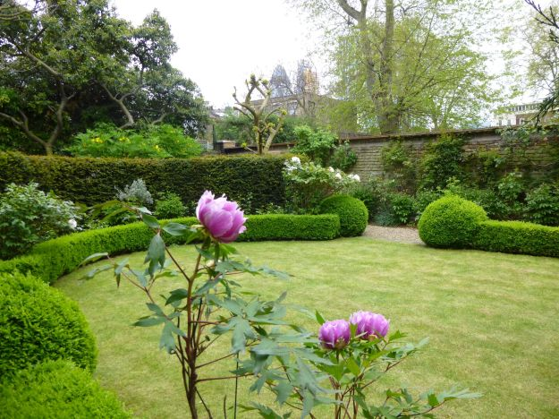 London Slant Spitalfields gardens