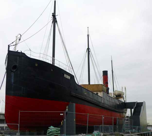 SS Robin, London